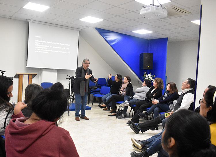 Visita del pastor Aquiles Maza  | Centro de Vida Cristiana