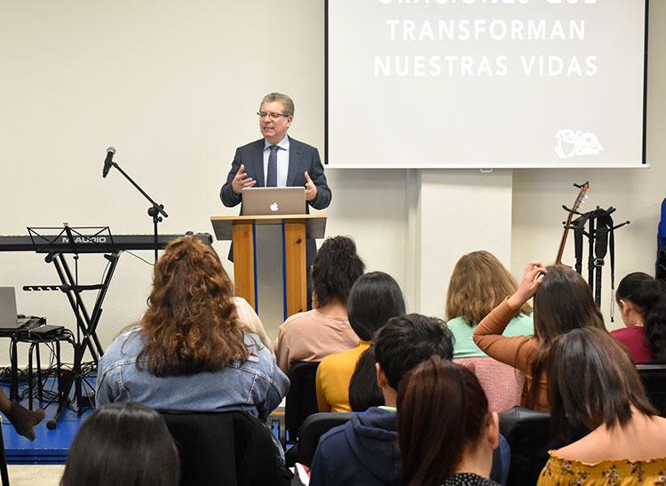 Visita del pastor Aquiles Maza    Centro de Vida Cristiana